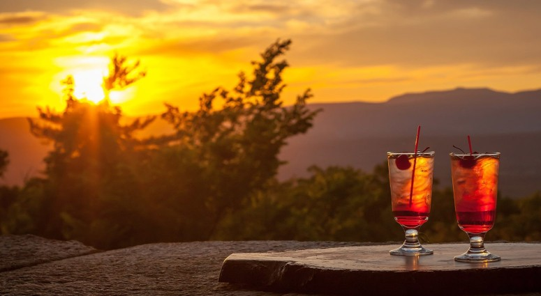 Mohonk-Sunset-Spirits-Header-2-e1489089491856