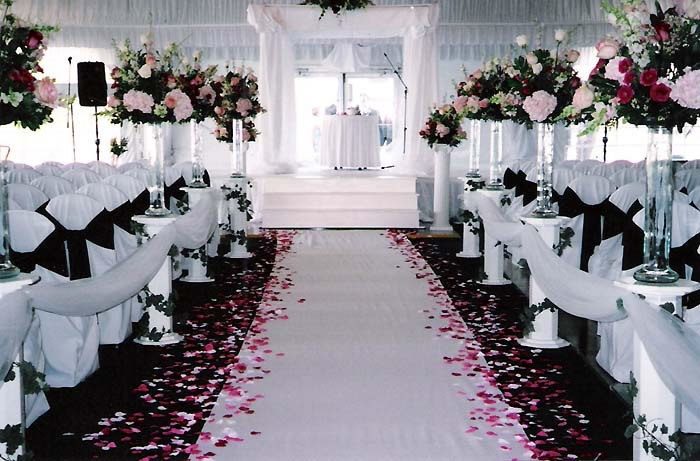black-and-white-on-wedding-ceremony-ideas-pink-wpthemesnow-pink-and-black-wedding-decorations2