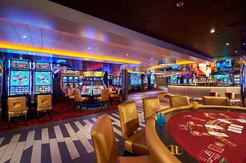 Carnival-Horizon-Casino-Bar